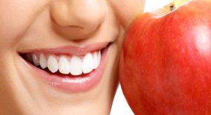 Как самостоятельно укрепить зубы взрослым и детям?